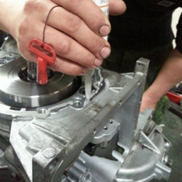定量氣壓式灰色耐高溫墊片膠 3